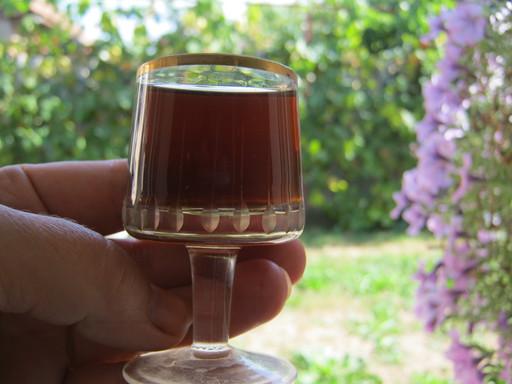 Рюмка с вином