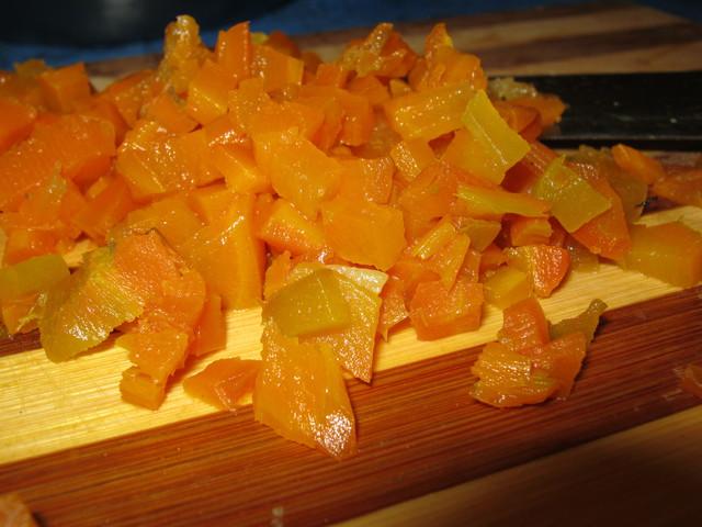 Морковь порезанная кубиками
