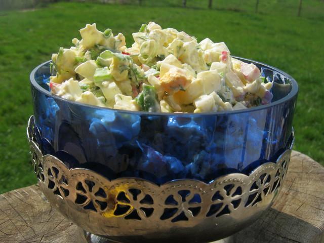 Вкусный салат в вазе