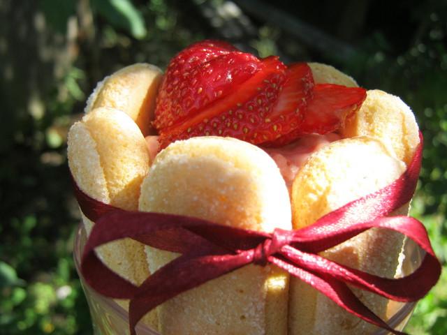 Клубничный торт-десерт