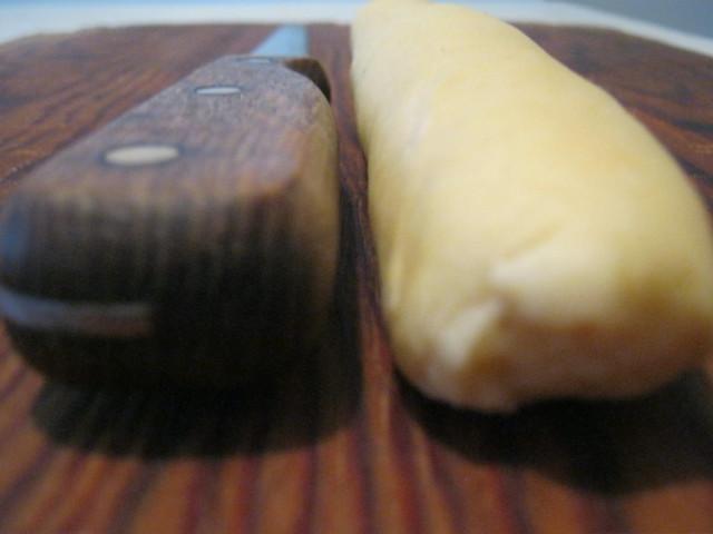 Колбаска из теста для вареников с картошкой