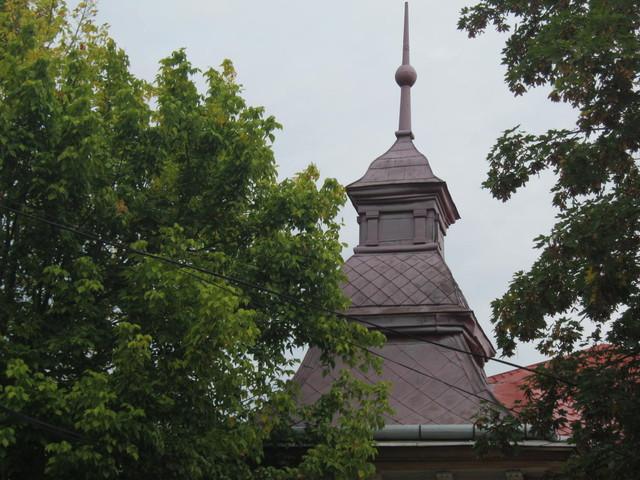 Дом с башней в Берегово, Закарпатье