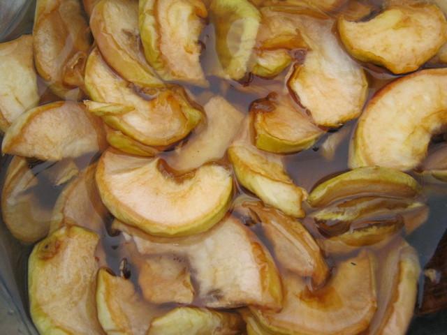 Варенье из яблок перед третьей варкой