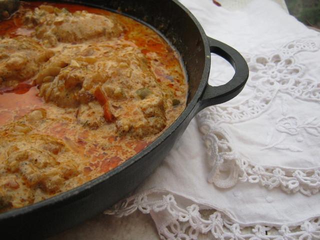 Курица в сметанном соусе