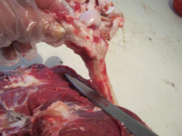 Подрезаем бедренную кость