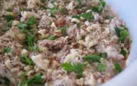 Салат с фасолью и сухариками— мужчины будут в восторге