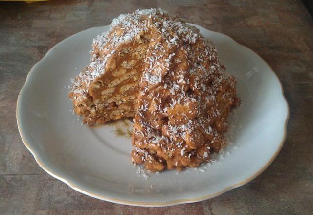 Торт муравейник с вареной сгущенкой