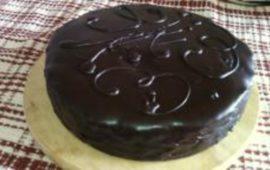Захер торт— гости не поверят, что он— не из Вены