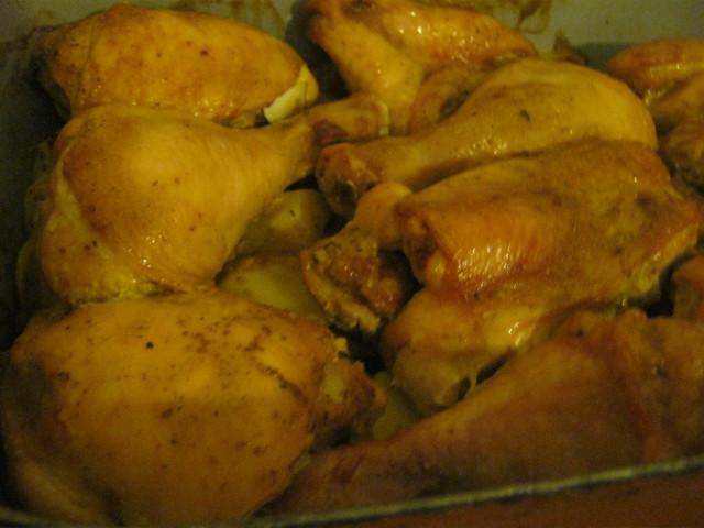 Половинка курица в духовке с картошкой рецепт