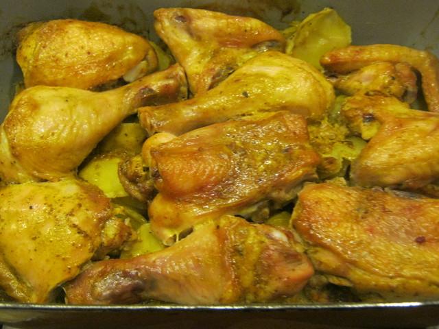 Запеченная курица с картошкой— вкуснейшая проза жизни