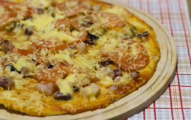 Пицца с морепродуктами— рецепт на скорую руку плюс потрясающий домашний вариант
