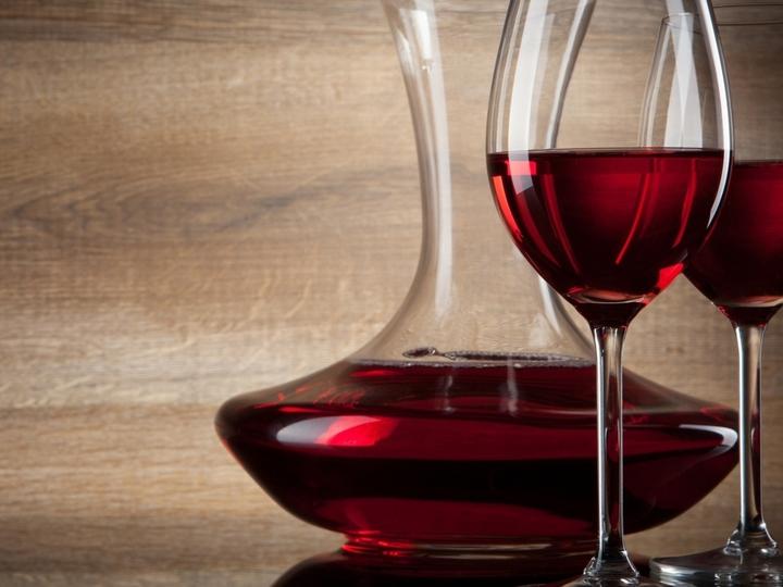 Декантер что это такое: графин для вина с налетом шика