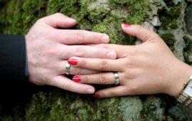 Отношения взаимоотношения: рядится бес  ангелом, да окрас— не тот