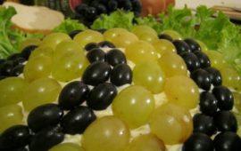Рецепты слоеных салатов с фото: праздничные вкусные разнообразные