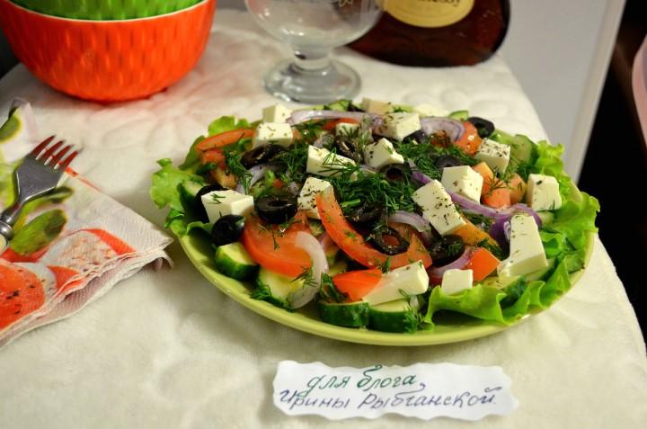 Миниатюра к статье Деревенский греческий салат с фетаксой: мой излюбленный летний рецепт