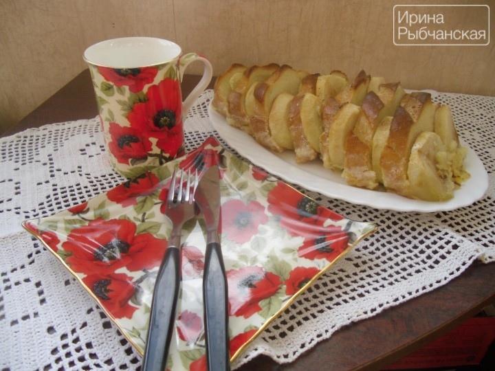 Экспресс пирог из батона: рецепты с соленой и сладкой начинкой
