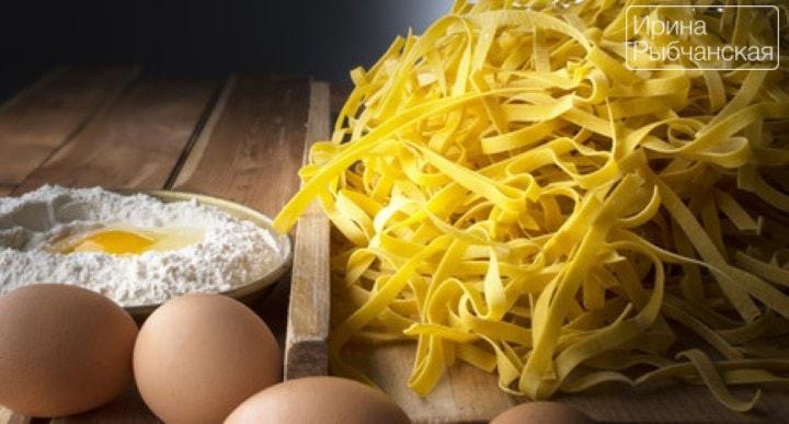 Миниатюра к статье Как приготовить домашнюю лапшу для обалденного куриного супа
